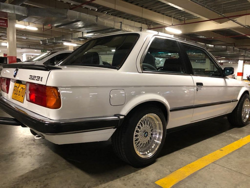 bmw serie 3 version 323i cp