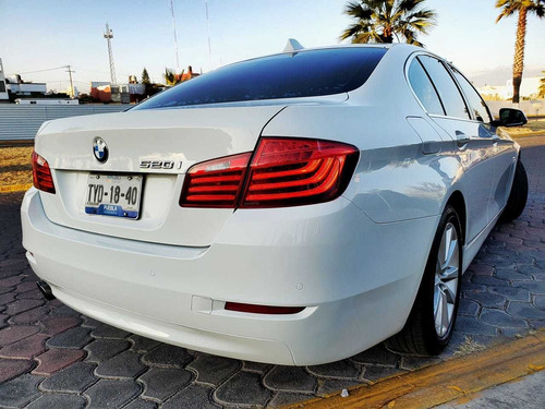 bmw serie 5 2.0 520ia at 2014