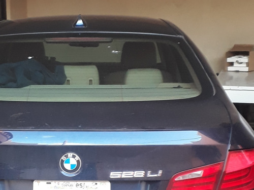 bmw serie 5 3.0 528ia top at 2011
