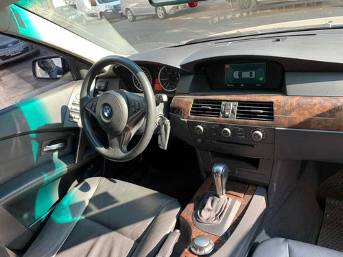 bmw serie 5 3.0 530i executive at 2003