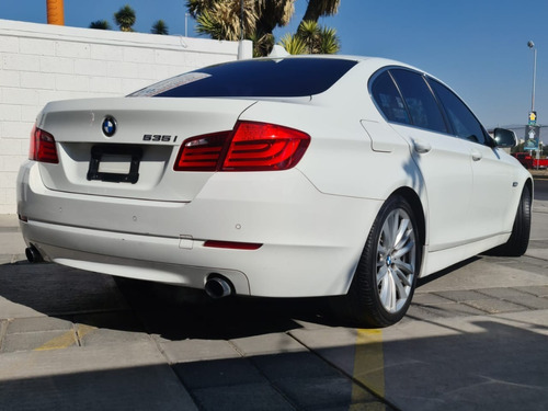bmw serie 5 3.0 535ia top at 2011