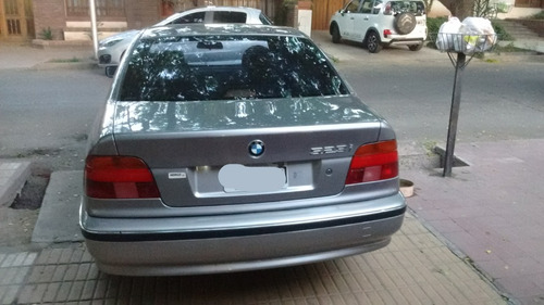 bmw serie 5  523i at 2.5