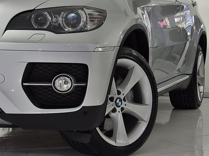 bmw x6 4.4 50i 4x4 coupé 8 cilindros 32v bi-turbo 2009 prata