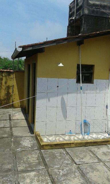 boa casa com piscina no jardim das palmeiras, em itanhaém