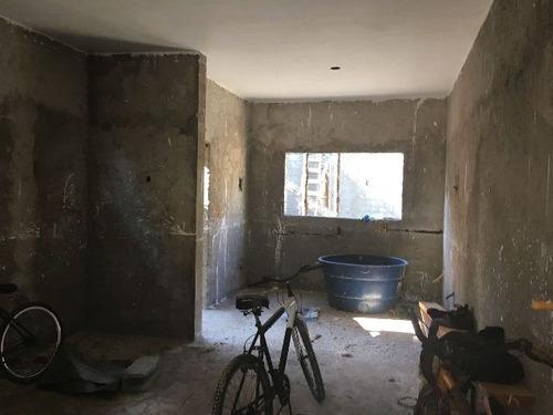 boa casa em fase de acabamento no jardim regina - ref 4043