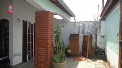 boa casa no balneário gaivota sendo 260m² de área total 3354