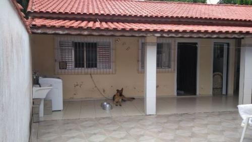boa casa no palmeiras 2, em itanhaém, 700 metros do mar