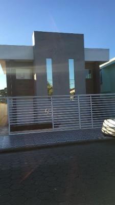 boa casa sobreposta no jardim américa possuindo 72m² ref4758