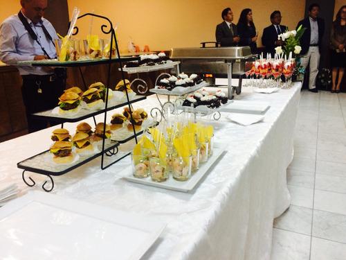 bocaditos para brindis, defensa de tesis catering & eventos