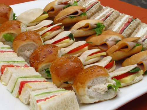 bocaditos salados y dulces por ciento para tus eventos
