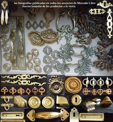 bocallaves de bronce (herrajes) lote n°2  (4 sin usar )