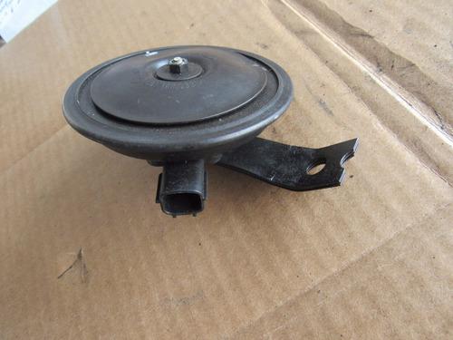 bocina de claxon dodge verna 2004-2006