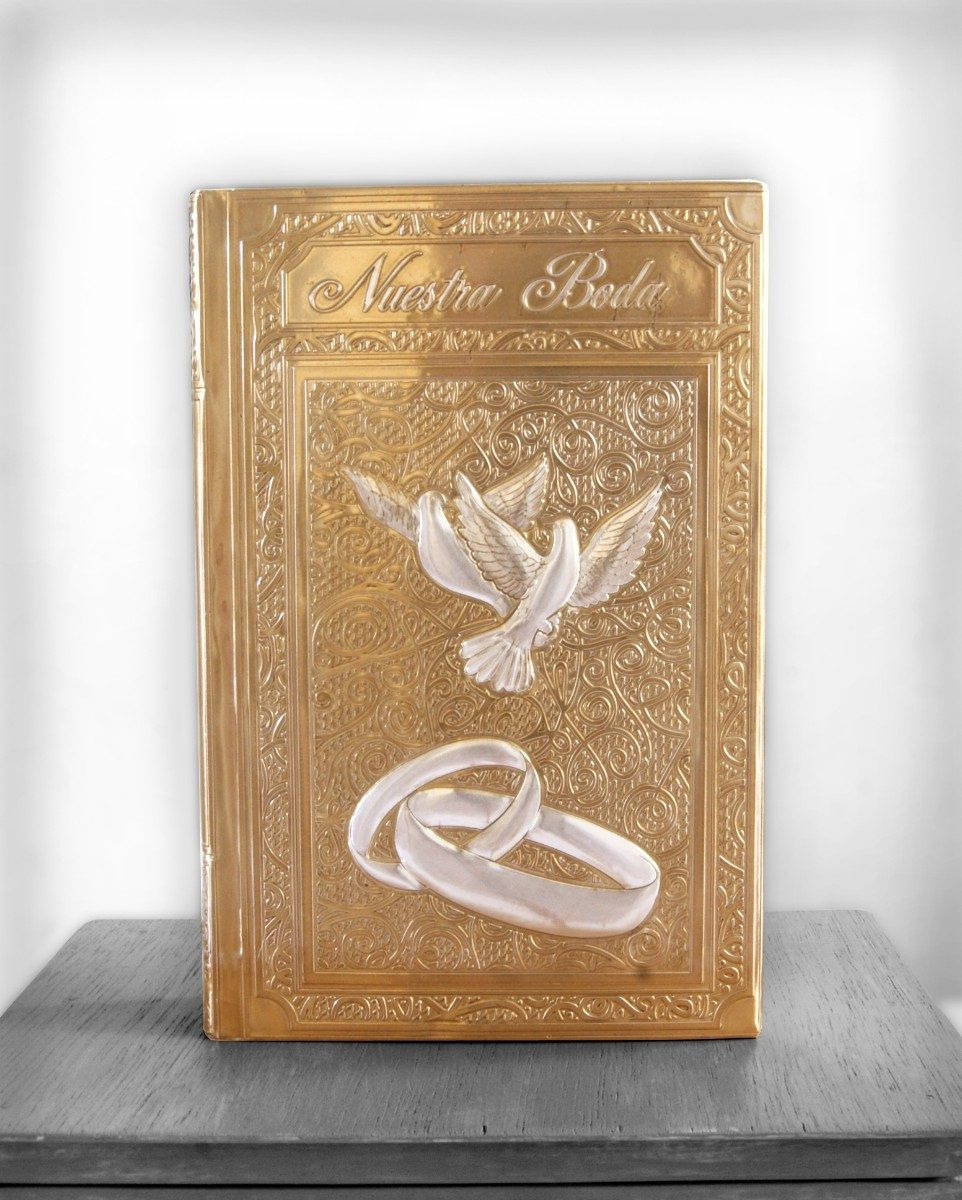 Matrimonio Y La Biblia : Boda biblia grande para palomas anillos