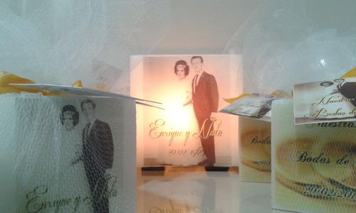 bodas de oro,souvenirs y centros de mesa,fanales con fotos