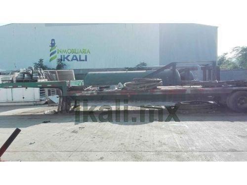 bodega 600 m² en renta en zona industrial de altamira tamaulipas, se encuentra ubicada en la zona industrial de altamira a un costado del estadio de fútbol, cuenta con 600 m² de construcción 20 m. x