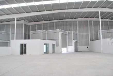 bodega 900 m² con oficina p. i. la noria
