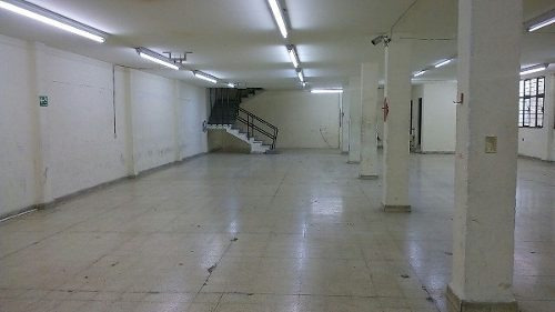 bodega comercial de 1800 m2