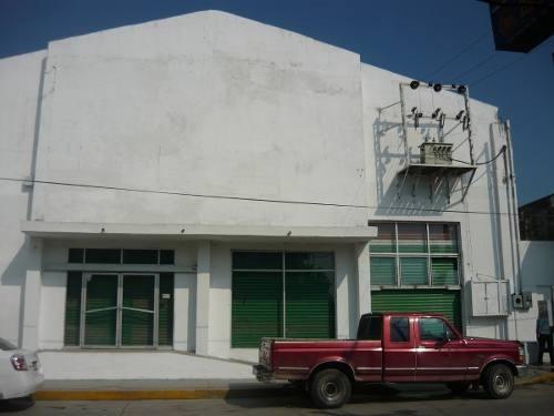 bodega comercial en renta ubicada en el centro de panuco veracruz melchor ocampo en esquina