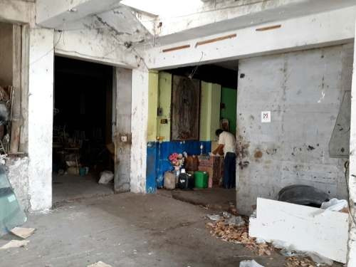 bodega comercial en renta, ubicada en zona centro de tampico, tamaulipas.