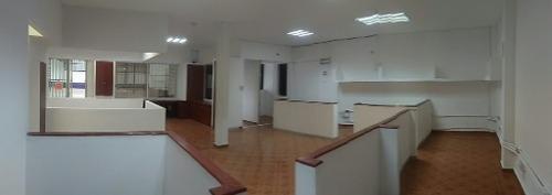 bodega con oficinas c2422