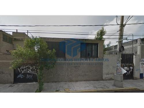 bodega con oficinas cerca de central de abastos (adjudicada)