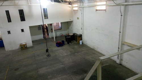 bodega con oficinas en renta en puente de vigas