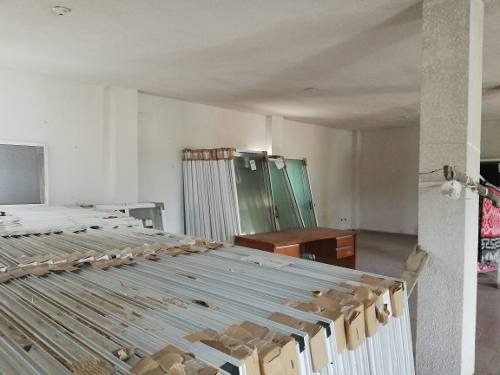 bodega con oficinas en venta en guadalupe frente a carretera