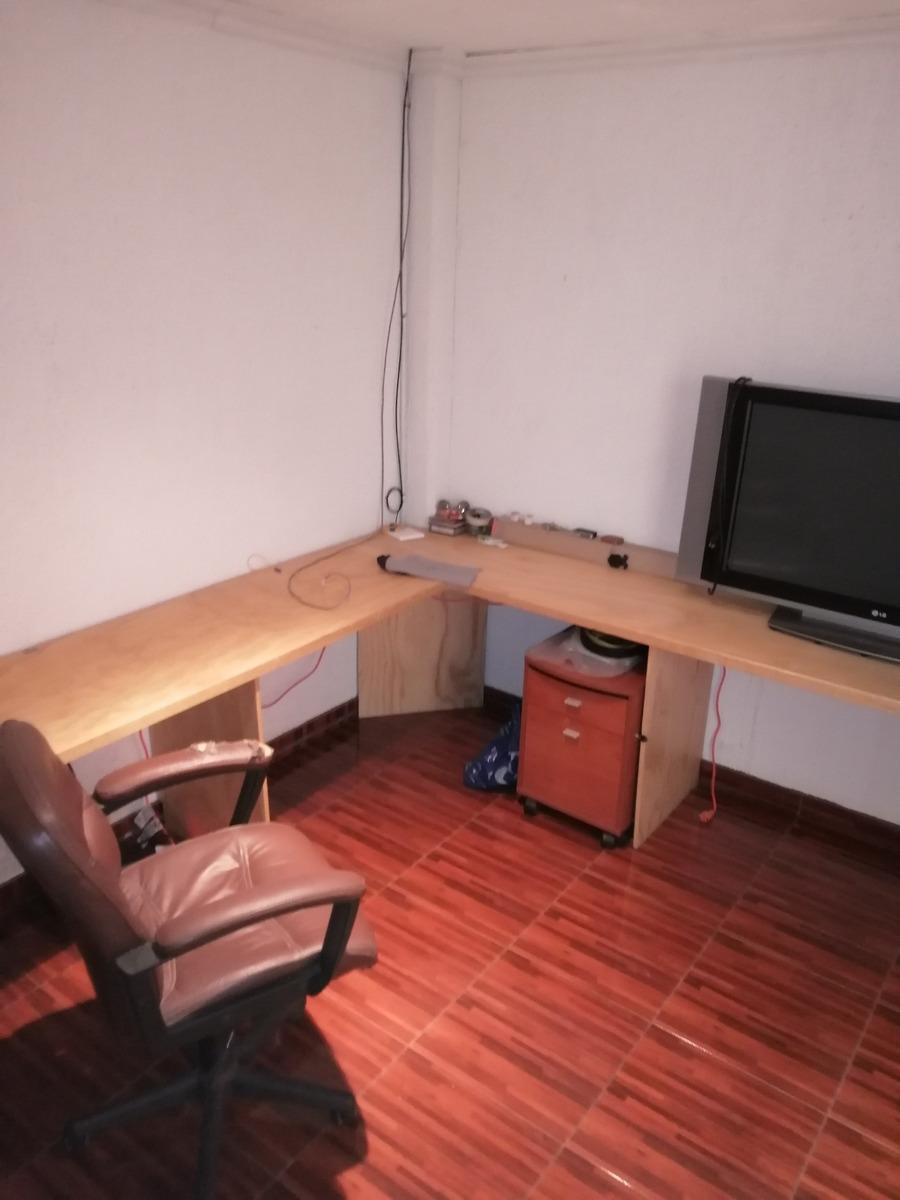 bodega con oficinas todo o en partes
