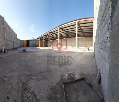 bodega de 1,000 m2 sobre libramiento surponiente, corregidora.