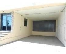 bodega de 1700 m2 con anden y oficinas en renta