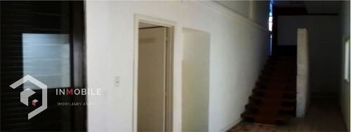 bodega de 1868 m2 con oficinas, renta, cdmx.