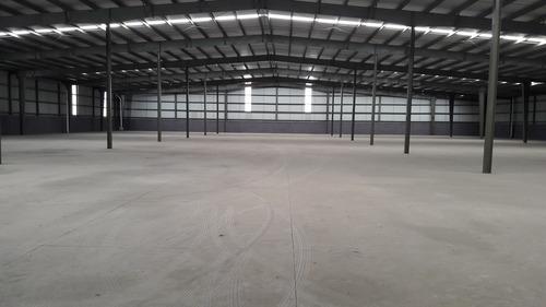 bodega de 2184 m2 y 2587 m2 en renta radial tolteca