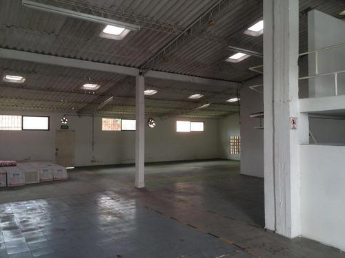 bodega de 265 m2 en complejo empresarial