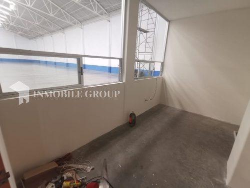 bodega de 2,788 m2, con oficinas, industrial tlatilco naucalpan.