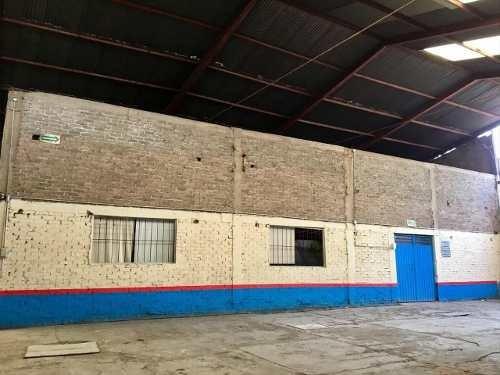 bodega de 700 m2 con excelente ubicación e iluminación