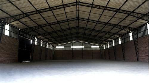 bodega de alquiler en el parque industrial riobamba 1000 mt2