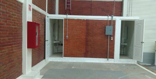 bodega en condominio con oficinas en dos niveles