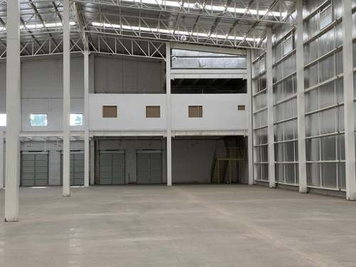 bodega en excelentes condiciones en renta  parque industrial centagri