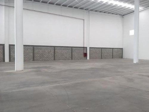bodega en renta 1119 m2 con mezanine y anden