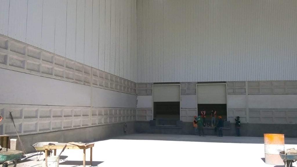 bodega en renta 3,300 m2 frente a vw, sanctorum, cuautlancingo, puebla