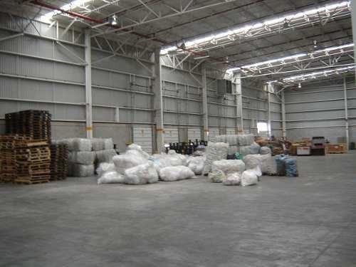 bodega en renta cuautitlán en parque industrial. 5,956 m2.