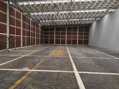 bodega en renta de 980 m2 con oficinas dentro de conjunto