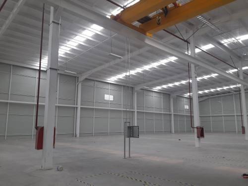 bodega en renta parque industrial aeropuerto