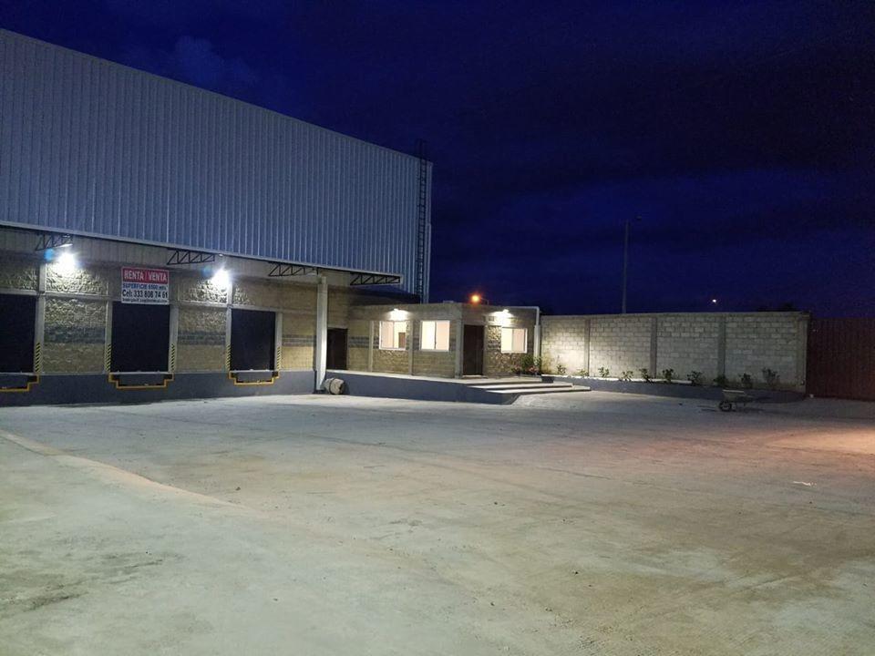 bodega en renta / venta 6500 mt2 zona aeropuerto gdl