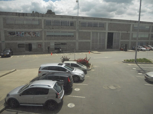 bodega en siberia parque industrial