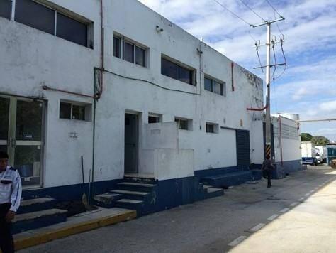 bodega industrial en nueva sambula, av. itzaes 79d