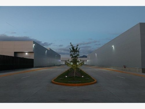bodega industrial en renta eco global park