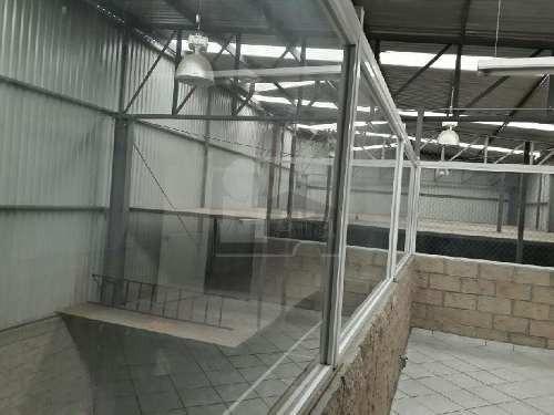 bodega industrial en renta en parque industrial bernardo quintana, queretaro.