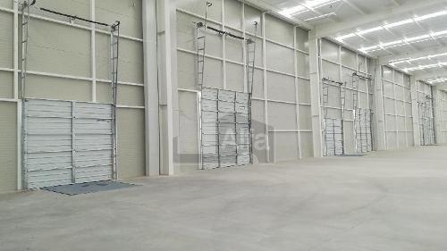 bodega industrial en renta en parque industrial querétaro.