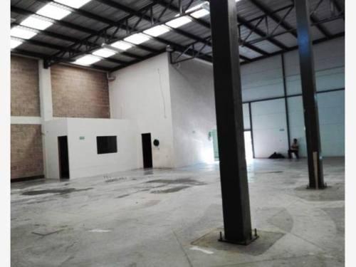 bodega industrial en renta parque industrial bernardo quintana